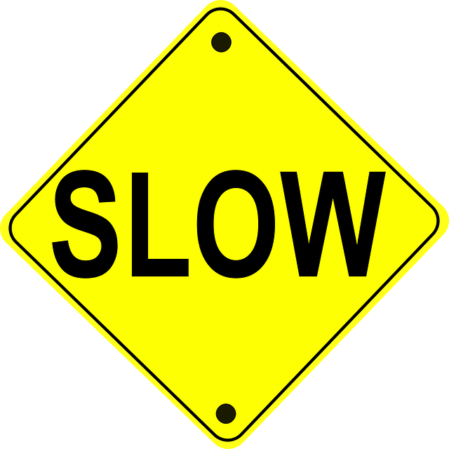 遅いを意味する英語表現